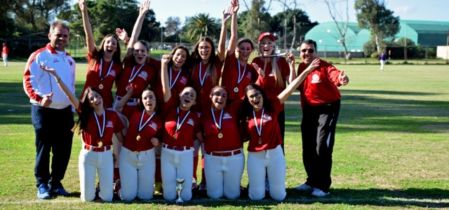 REDCOATS WIN FASTPITCH TOURNAMENT
