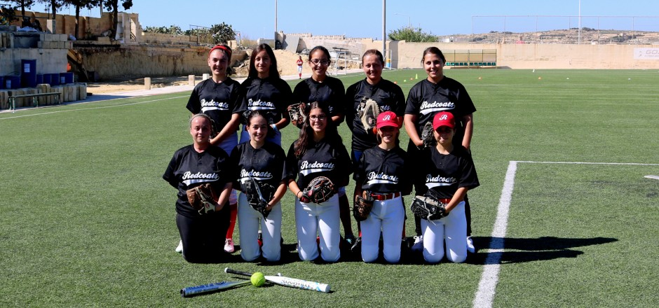 REDCOATS SOFTBALL EDGE OUT THEIR SQUAD MATES