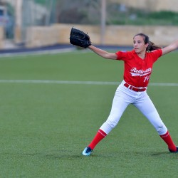 MONIQUE ATTARD SHINES IN REDCOATS WIN