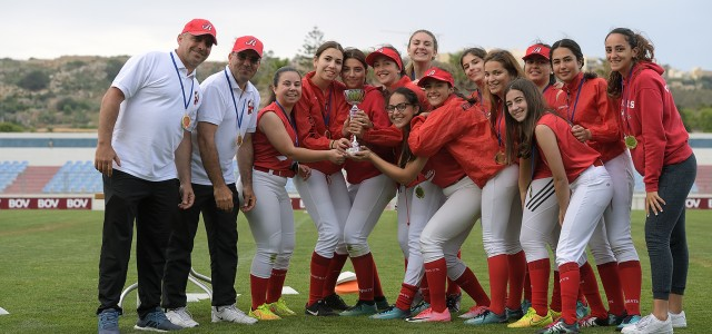 REDCOATS CLAIM CHALLENGE CUP WITH HUGE WIN